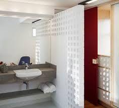 Resultado de imagem para marmore branco divisoria banheiro