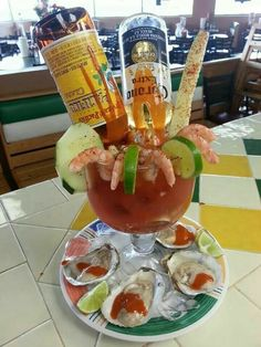 Michelada of my dreams! Where do I start? Bar Drinks, Cocktail Drinks, Yummy Drinks, Alcoholic Drinks, Beverages, Mexican Snacks, Mexican Drinks, Mexican Food Recipes, Mexican Shrimp Cocktail
