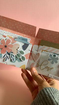 Paper Crafts Origami, Scrapbook Paper Crafts, Diy Paper, Diy Wallet Paper, Diy Scrapbook, Mini Albums Scrap, Mini Scrapbook Albums, Scrapbook Journal, Mini Album Tutorial
