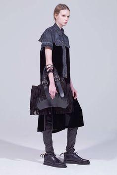 Sacai Pre-Fall 2018 Fashion Show Collection