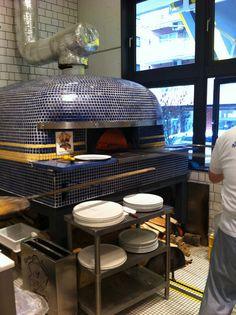 LAntica Pizzeria da Michele by m-glazer, via Flickr