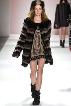 Inspiracion para tu look Corona Capital 2013 - custo barcelona