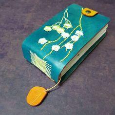 꽃이 피다.  #bookbinding #leathercraft #아침놀공방 #가죽다이어리