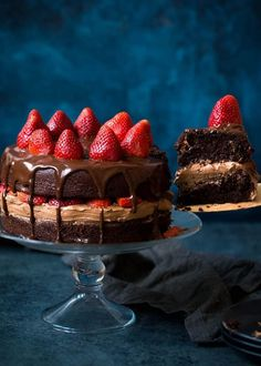 Strawberry Chocolate Cake Recipe-chocolate cake with chocolate frosting, chocolate ganache, and sweet strawberries! This is the BEST chocolate cake recipe!  Visit twopeasandtheirpod.com for more simple, fresh, and family friendly meals. #familyfreshmeals #familyfriendlymeals