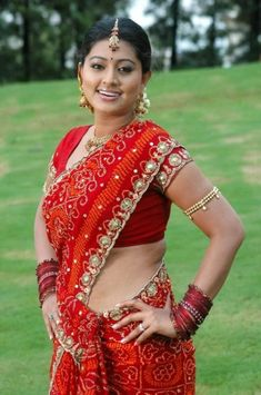 Tamil actress Sneha hot showing her hanging big boobs and bra South Indian Actress Hot, Indian Actress Hot Pics, Tamil Actress Photos, South Actress, Beautiful Girl Indian, Most Beautiful Indian Actress, Beautiful Actresses, Beautiful Saree, Beautiful Women