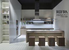 Cucine Rifra: Fly, nuove finiture in cemento, rovere e argilla - michelamartini@michelamartini.com - Posta Michela Martini