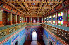 Castello di Sammezzano, Toscana! 🇮🇹    Taj Mahal? No, Castello di Sammezzano, #toscana #tuscany #castello  https://www.facebook.com/artandcultblog/photos/a.926386180813835.1073741828.919732688145851/1283010618484721/?type=3&theater