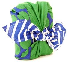 Don't give into wrapping paper - wrap your Mother's Day present in one of Lush Cosmetics Furoshiki Knot Wraps