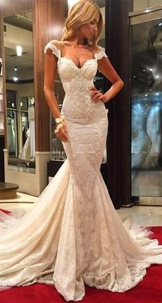 Every girl has a beautiful dream for their wedding. Choose a pretty wedding dress is very important. || description for this wedding dress. Wedding Venues: Hall,Church,Garden/Outdoor; Embellishments: Lace ;Sleeve Length: Sleeveless; Silhouette: Trumpet/Mermaid
