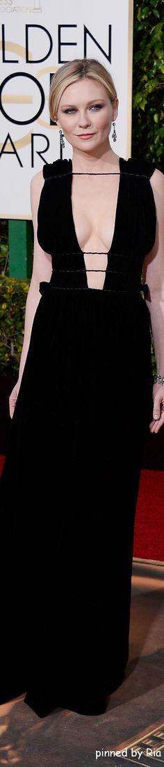 Kirsten Dunst in Valentino l Golden Globe Awards 2016 l Ria