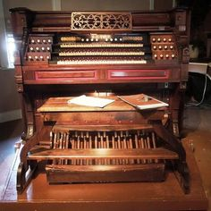 Simple Gifts -- Dale Wood -- Played Mason & Hamlin Reed Organ 1875 by Brian Ebie on SoundCloud