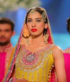 Vibrant and fun Mehndi look. I think the design is nomi ansari  Model: Noor Bhatty