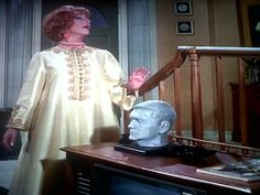 Mellow yellow Endora Bewitched, Bewitched Cast, Agnes Moorehead, Mellow Yellow, Play Dress, Playing Dress Up, It Cast, Sari, Classy