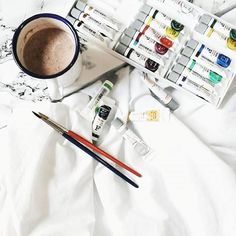 Olá internet!!! Tem post com ilustrações lindas e fofas lá no blog( óbvio que não foi eu quem fez as ilustras😌)😀😆😜😎 www.stragonapolina.com