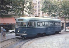 #Barcelona tram A PCC car bought second-hand from Washington https://www.youtube.com/watch?v=OMDUkLPKNPU
