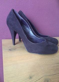 Kup mój przedmiot na #vintedpl http://www.vinted.pl/damskie-obuwie/na-wysokim-obcasie/13289403-piekne-fioletowe-szpilki-rozmiar-39