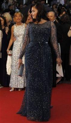 Aishwarya Rai in Elie Saab at the premier of Cosmopolis at #Cannes2012. Work it, girlfriend.