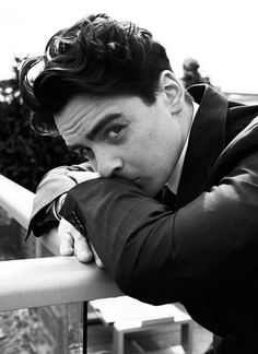 Vincent Piazza / Tommy DeVito