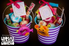 Summer Themed End-of-the-Year Teacher Gift Buckets! Freebie Tag. Super cute.