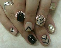 Nude, black and gold nails. Chevron nails. #PreciousPhanNails