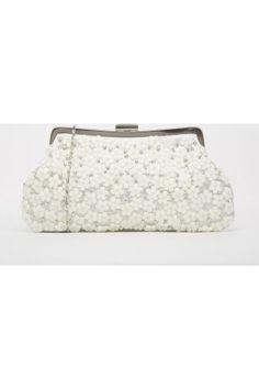 Acheter Pochettes   étuis de couleur blanc en Ligne   FASHIOLA.fr   Comparer    acheter. Valise FemmeSac ... 0a0b3ebfb0b