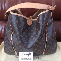 Authentic Louis Vuitton delightful Gm In excellent condition. Will come with Dustbag. Price is firm & no trade. Louis Vuitton Bags Hobos