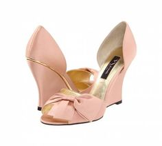 Zapatos de novia de color rosa [Galeria]
