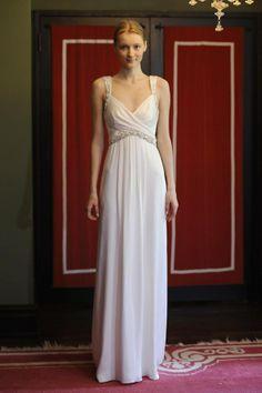 Vestidos de novia para primavera-verano 2014 Diseño de Temperley Bridal  http://www.glamour.mx/moda/articulos/tendencias-nupciales-para-primavera-verano-2014/1426