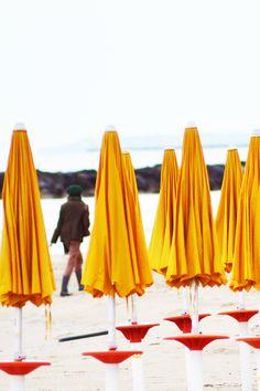 MONTESILVANO - passeggiata in riva all' Adriatico