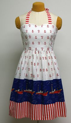 Vintage Sewing Patterns: The Boat Trip Dress: Simplicity 3875     i like this idea