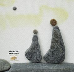 Pebble Art: Pebbles from the Inishowen Coastline. Facebook: The Stone Art Gallery www.thestoneartgallery.com Picture Wire, Pebble Pictures, Pebble Art, Stone Art, Resin Jewelry, Art Work, Art Gallery, Rocks, Arts And Crafts