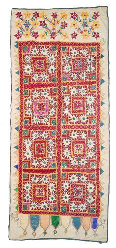 Geborduurd textiel tapestry Rajastan - Kutch, India. BANJARA spiegels zigeuner handgemaakte hand naaien tribal Gujarat Indiase textiel.