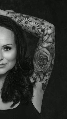 My floral sleeve ❤ black and white. Sleeve Tattoo WomenSleeve TattoosSmoothieWhite ...