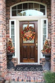 Fall Porch Decorating - simple wreath