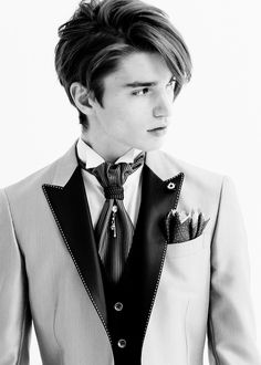 Alexander Ferrario in Paris - dressed up today, he can go anywhere!