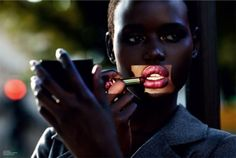 Do really dark skin women need blush? This is a really awkward question isn't…