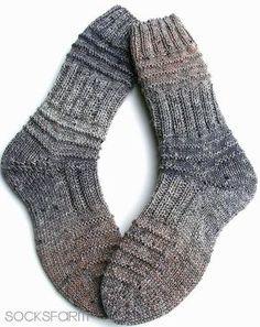 Dickerchens – knitting socks – Knitting for Beginners Mens Crochet Beanie, Crochet Socks, Knitting Socks, Wool Socks, Baby Knitting Patterns, Knitted Baby Blankets, Knitted Hats, Crochet Ball, Stockings