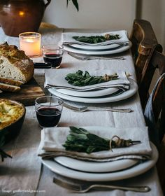 Dress the Table – The Linen Works. Check out our Christmas linen and holiday table setting ideas. Decoration Christmas, Decoration Table, Cozy Christmas, Scandinavian Tablecloths, Lunch Table Settings, Kitchen Linens, Kitchen Ware, Linen Napkins, Linen Tablecloth