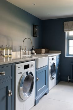 A laundry room doesn't need to be strictly utilitarian it can also be a place to be bold with colour and choose something really cool like… Boot Room Utility, Utility Room Storage, Laundry Room Design, Kitchen Design, Laundry Rooms, Laundry Area, House With Land, Utility Room Designs, Humphrey Munson