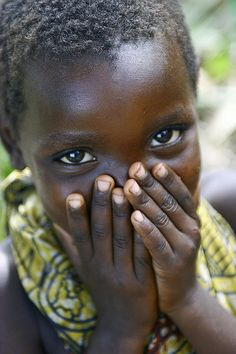Young Girl near Lake Albert, DRC by United Nations Photo, via Flickr