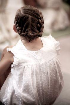 Pajes de boda // Pageboys: Paje contemplando a los mayores :) #vestidodepaje