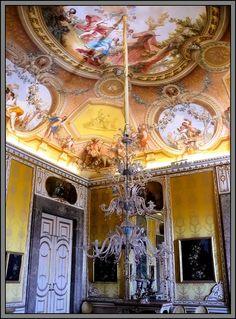 PINTEREST.COM./CASTLES OF ITALY | Castles / Caserta Royal Palace / Reggia di Caserta, Italy by Mo ...