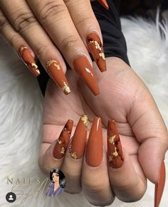 Be ready for you fall with those coffin nails! We have carefully collected the good nail colors for gorgeous fall manicure which are nail trends now and really worth trying! Orange Acrylic Nails, Fall Acrylic Nails, Orange Nails, Orange Nail Designs, Fall Nail Art Designs, Long Nails, My Nails, Fall Manicure, Nagellack Trends