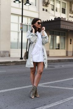 More on www.fashiioncarpet.com  Long Denim Jacket by 5 Preview, Playsuit by Zara, Chloé Faye Small Bag, Jimmy Choo Dei 100 Lace up Heels  #fashiioncarpet #ninaschwichtenberg