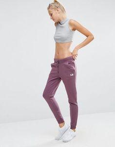 Nike – Modern – Jogginghose in Violett
