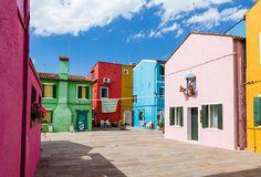 Hotel diffuso Venissa Wine Resort nelle case colorate di Burano | ARC ART by…
