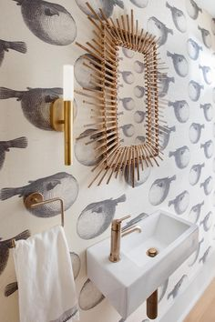 Swimming in luxury 🐡🐡🐡 featuring our Rousseau Small Bath Sconce by Kelly Wearstler. Design by PWD Studio. 📷: Margaret Wright Circa Lighting, Kelly Wearstler, Guest Bath, Guest Room, Powder Room, Lighting Design, Sconces, Sweet Home, Luxury