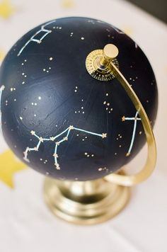 Space and constellation wedding themes are gaining more and more popularity. We've gathered lots of ideas to rock such theme. Galaxy Wedding, Starry Night Wedding, Moon Wedding, Celestial Wedding, Dream Wedding, Spring Wedding, Galaxy Party, Wedding Centerpieces, Wedding Decorations