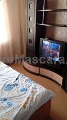 Apartment on Gorkogo 62B Yuzhno-Sakhalinsk Apartment on Gorkogo 62B offers accommodation in Yuzhno-Sakhalinsk. There is a dining area and a kitchen complete with a microwave and a fridge. Towels and bed linen are featured in this self-catering accommodation.