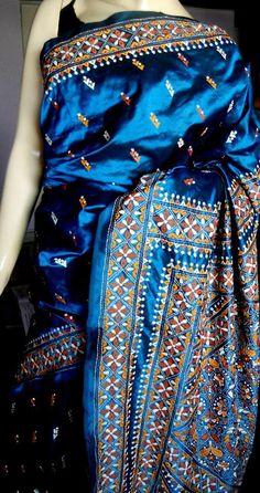 Luv the rich blue color of this kantha silk saree Indian Silk Sarees, Indian Bridal Lehenga, Soft Silk Sarees, Indian Attire, Indian Ethnic Wear, Indian Outfits, Beautiful Saree, Beautiful Dresses, Kalamkari Designs